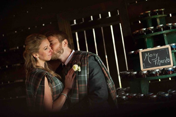 bride and groom in tartans for thank you picture