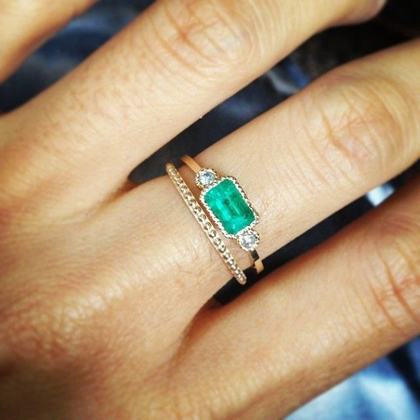 simple emerald wedding ring