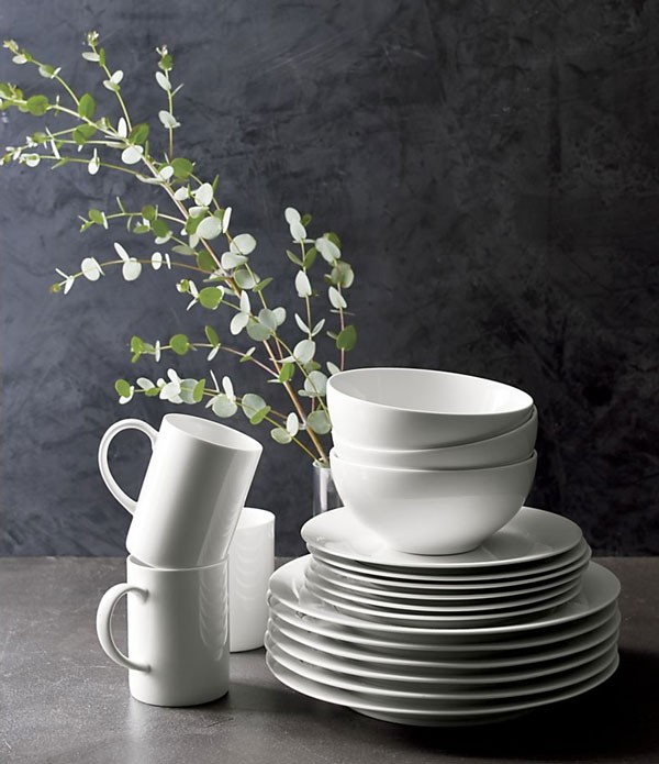 simple white plates and mugs