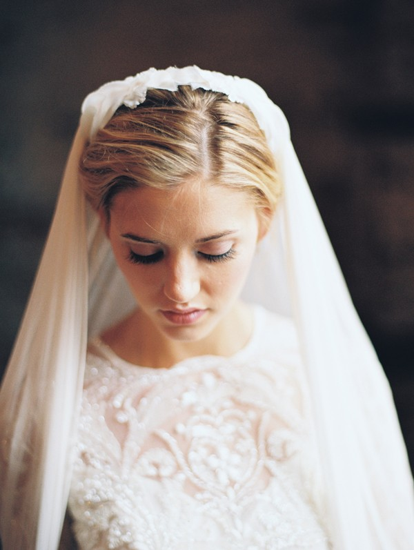 Romantic wedding veil by Hushed Commotion from mywedding magazine photo by Kate Ignatowski