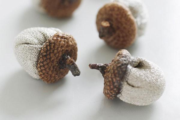 DIY fabric acorns for woodland wedding