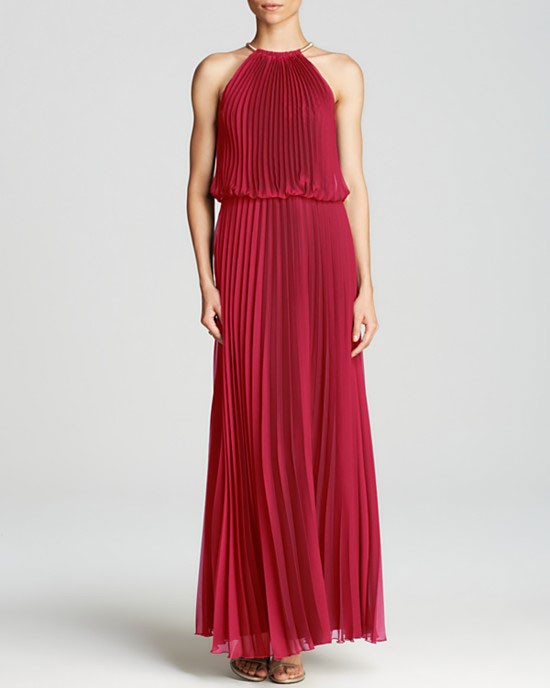 sleevless and pleated bridesmaid dress in wine