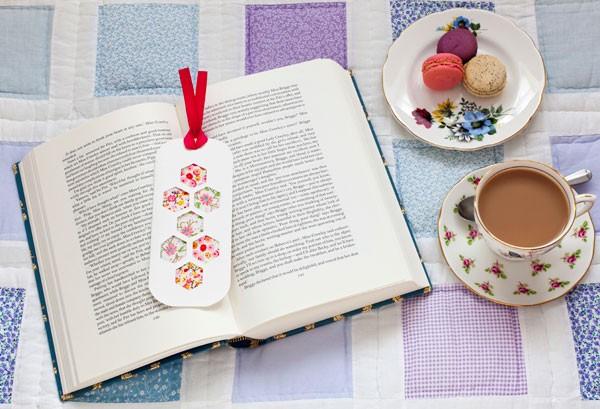 fabric hexagon bookmark for DIY wedding favors