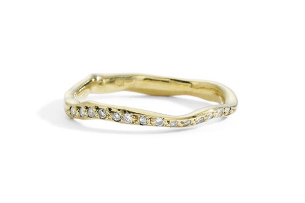 wavy gold and diamond wedding band