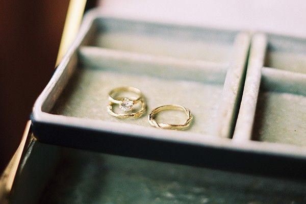 Twig style wedding rings
