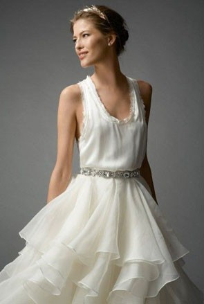 relaxed tank wedding dress bodice in white