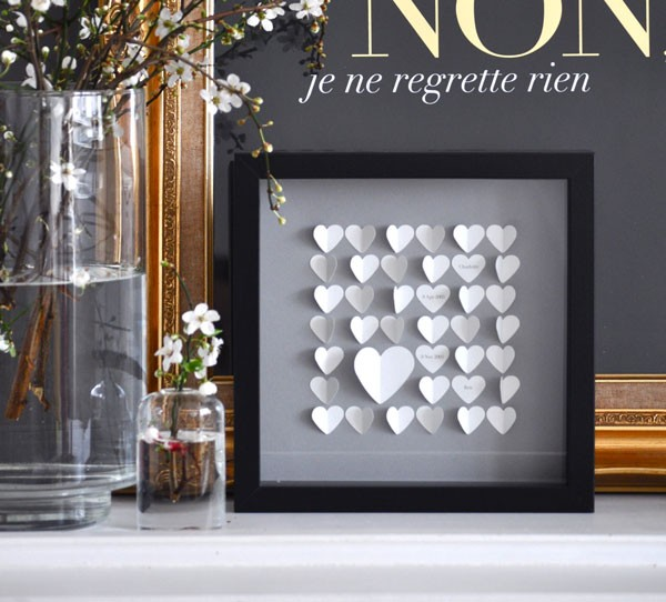 framed paper hearts print for welcome table
