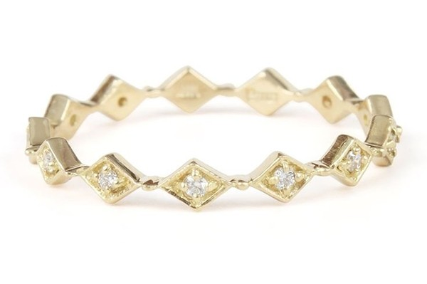 diamond filigree wedding band